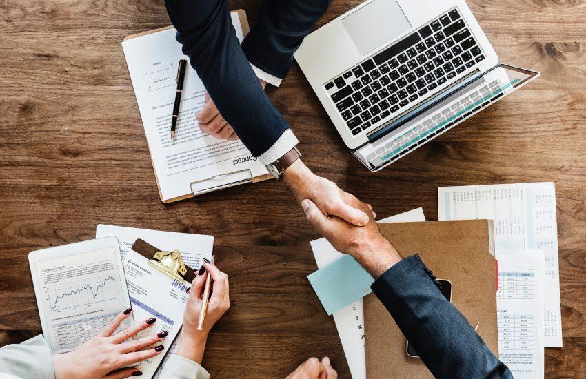 Outsourcing: Lo Que Debes Tener en Cuenta Antes de Subcontratar